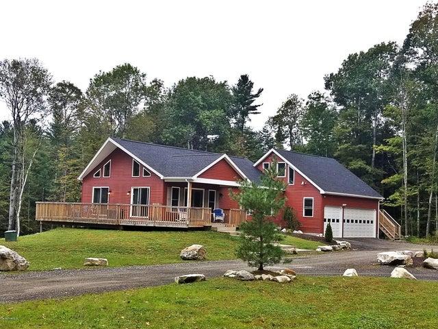 159 Cascade St, Pittsfield, MA 01201