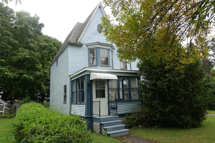 62 Briggs Ave, Pittsfield, MA 01201