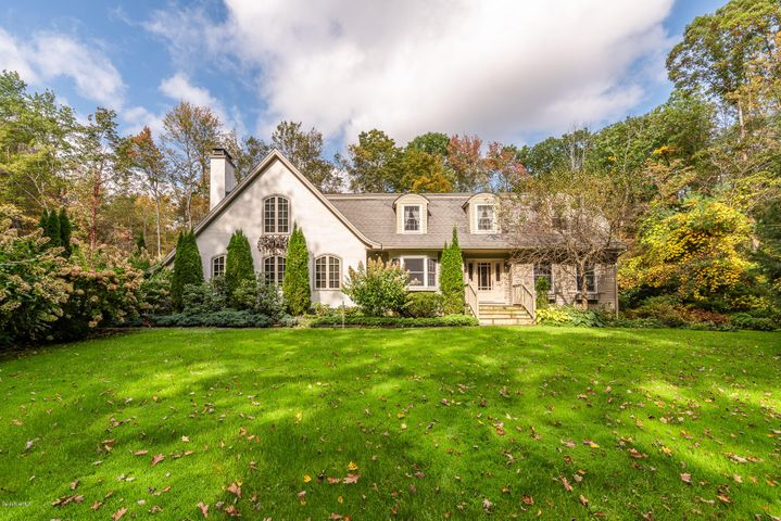 6 Deer Trail, Great Barrington, MA 01230