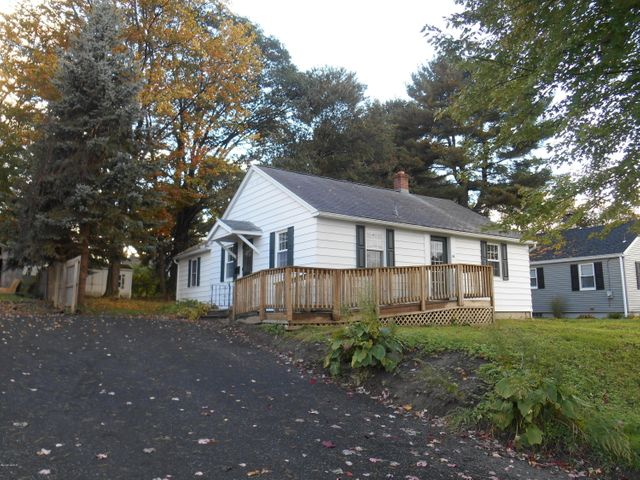 28 South Carolina Ave, Pittsfield, MA 01201