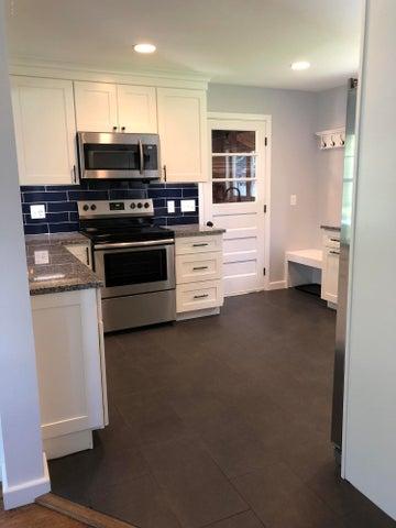 kitchen_to_garage_door