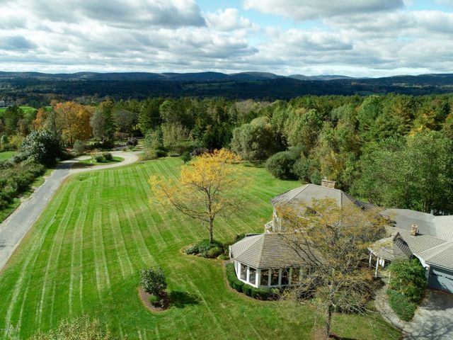 10 Haley Rd, Great Barrington, MA 01230