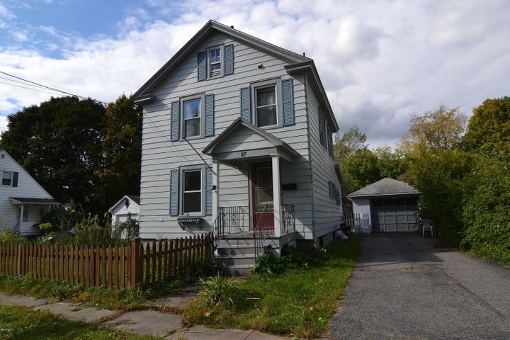 37 Wood Ave, Pittsfield, MA 01201