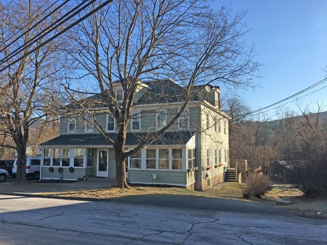 75 Old Pleasant St, Lee, MA 01238