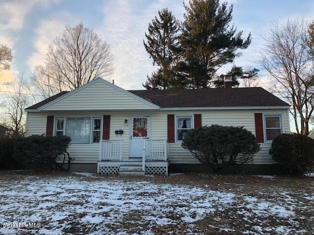 119 Birch Grove Dr, Pittsfield, MA 01201