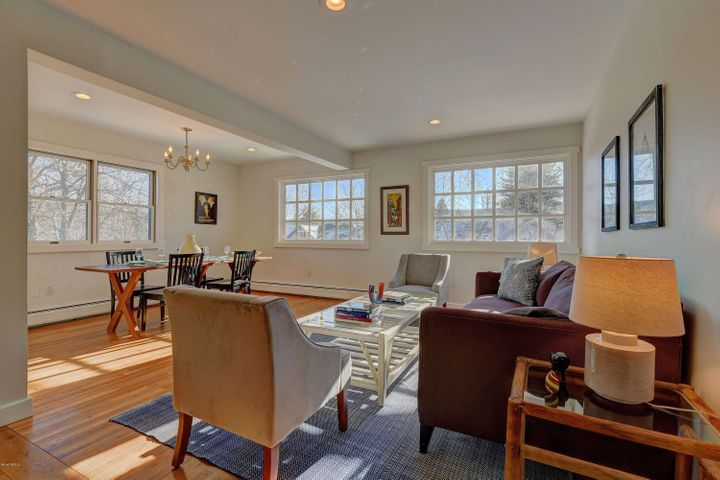 26 East St, Stockbridge, MA 01262