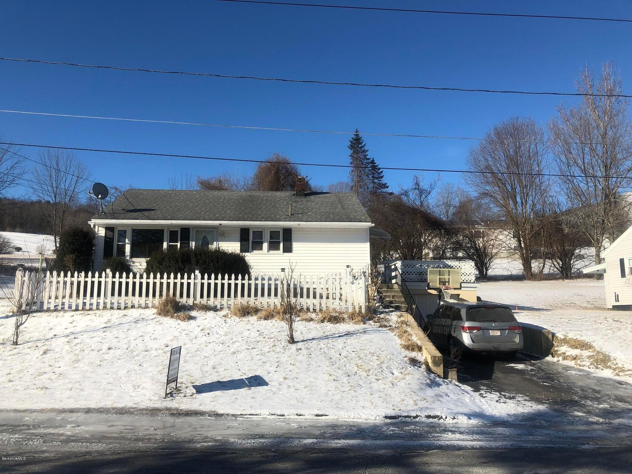 8 Bieniek Ave, Adams, MA 01220