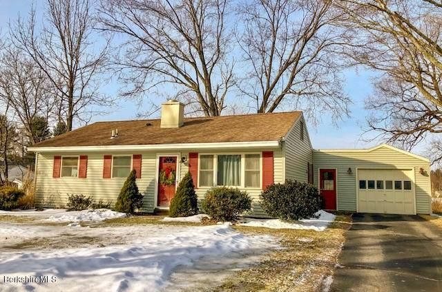 43 Doreen St, Pittsfield, MA 01201