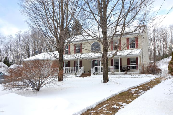 261 Maple St, Hinsdale, MA 01235