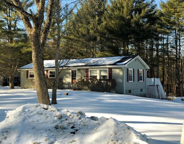 210 George St, Lee, MA 01238