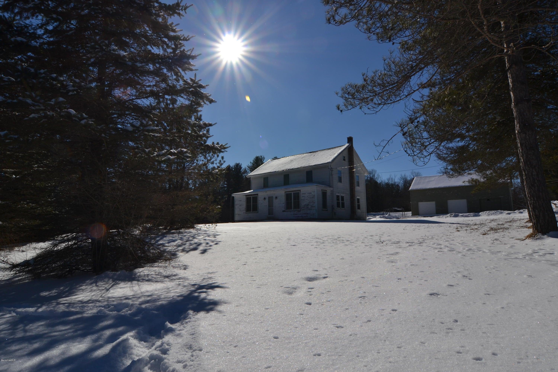 Classic Farmhouse in the Heart of Beautiful Richmond