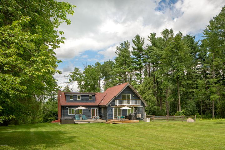 65 Hurlburt Rd, Great Barrington, MA 01230