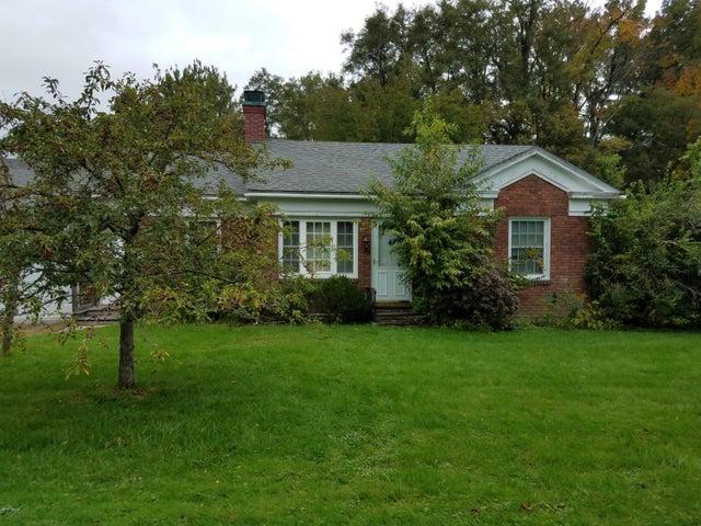 130 Berkshire Dr, Williamstown, MA 01267