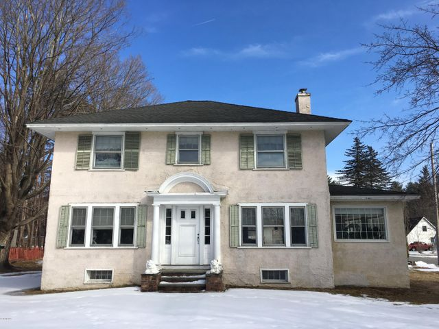 226 Stockbridge Rd, Great Barrington, MA 01230