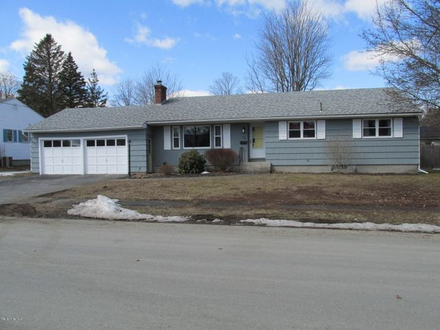 12 Denise Ave, Pittsfield, MA 01201