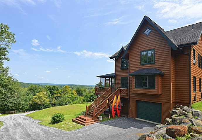1297 FRED SNOW Rd, Becket, MA 01223