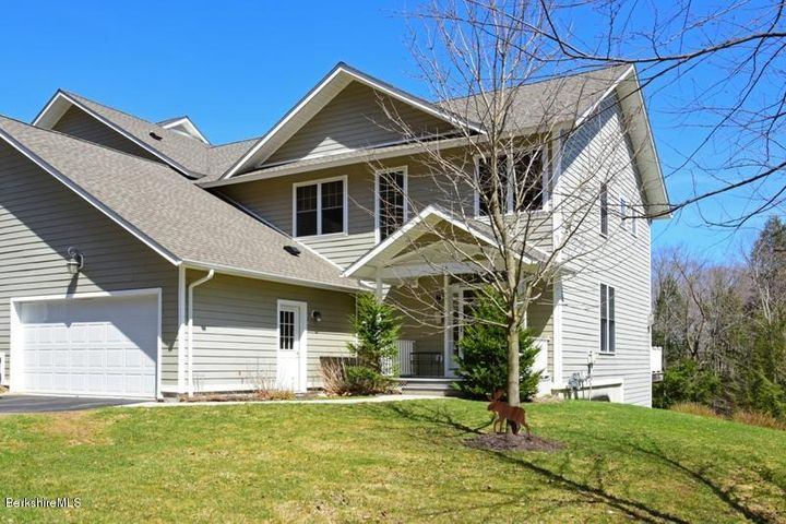 83 Alpine Trail, Pittsfield, MA 01201