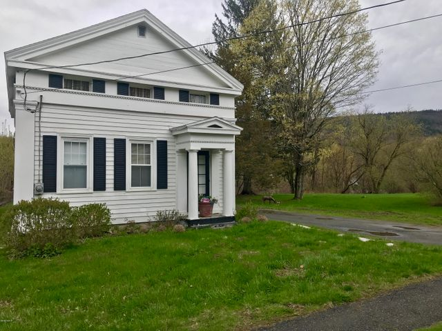 12 Albany Rd, West Stockbridge, MA 01266