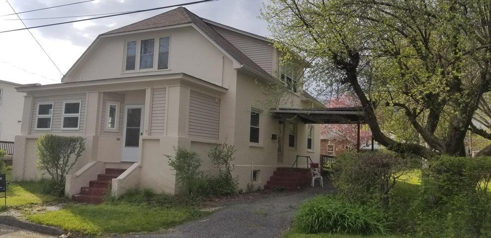 21 Lombard St, Pittsfield, MA 01201