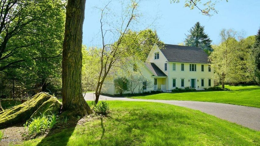 169 West Mountain Rd, Lenox, MA 01240