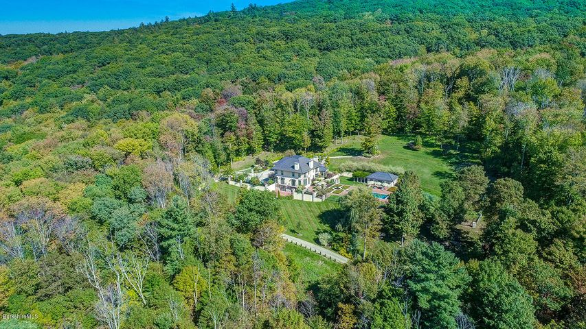 119 Center Rd, West Stockbridge, MA 01266