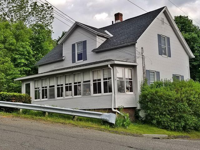 8 Anthony St, Adams, MA 01220