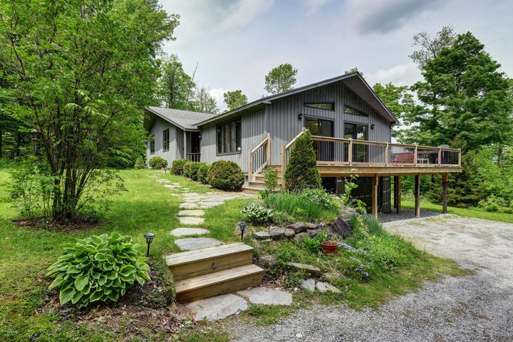 1016 Fred Snow Rd, Becket, MA 01223