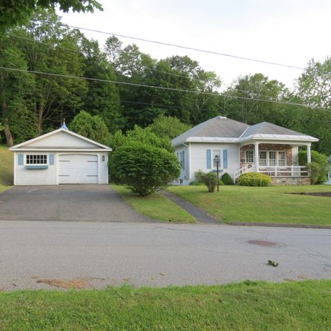 21 Morningside Ave, Adams, MA 01220