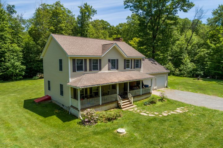 24 Housatonnuck Rd, Stockbridge, MA 01262