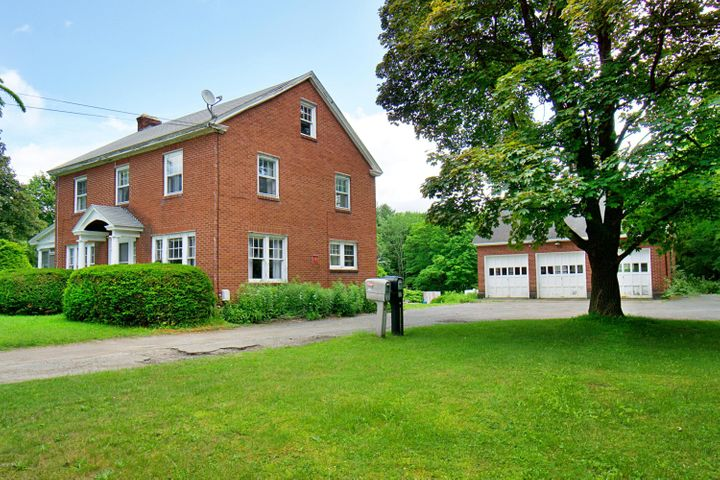 384 Pittsfield Rd, Lenox, MA 01240