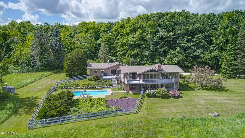 69 Deer Hill Rd, Richmond, MA 01254