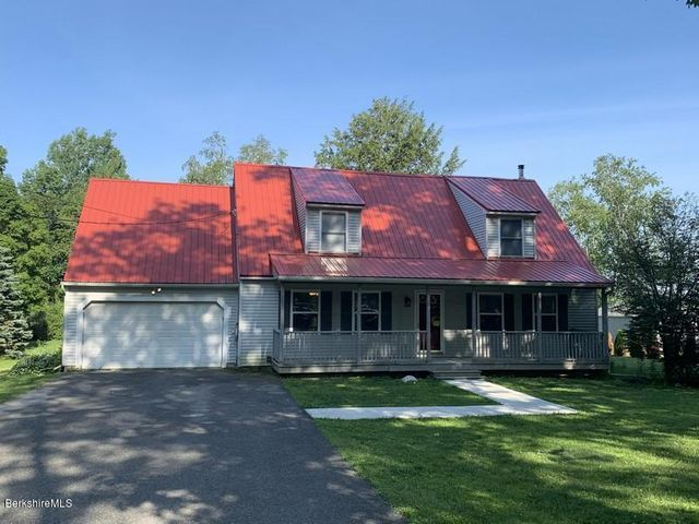 1298 Churchill St, Pittsfield, MA 01201