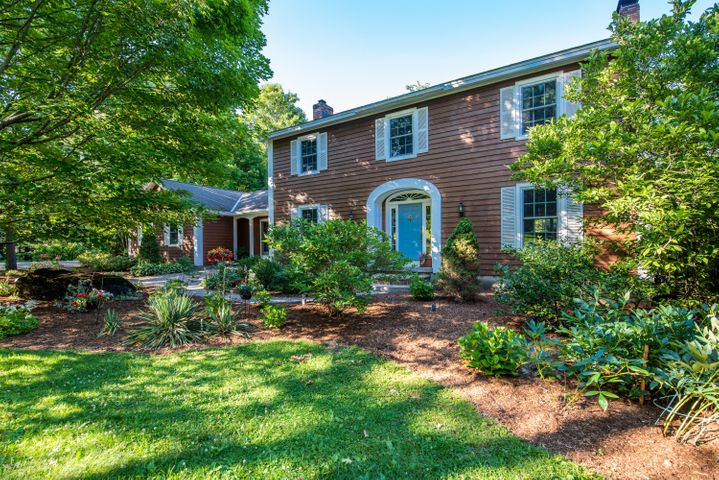 226 Old Post Rd, Richmond, MA 01254