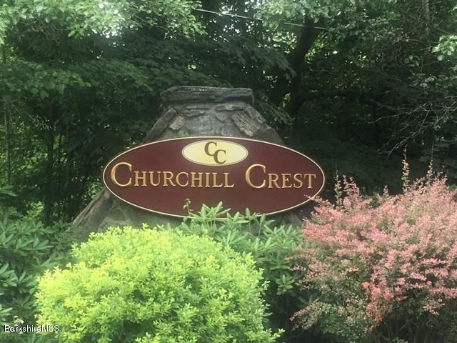 47 Churchill Crest, Pittsfield, MA 01201