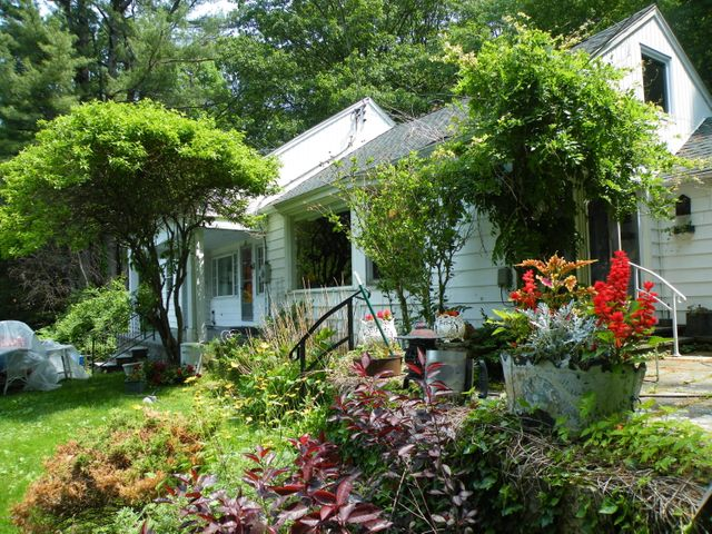 610 Breezy Hill Rd, Hillsdale, NY 12529