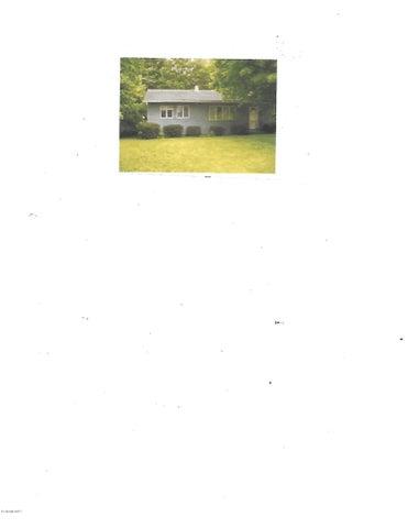 50 Stonehedge Rd, Cheshire, MA 01225