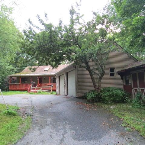 51 Whitman Rd, Hancock, MA 01237