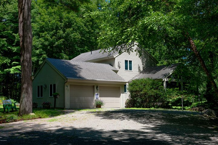 6 Samantha Ln, West Stockbridge, MA 01266