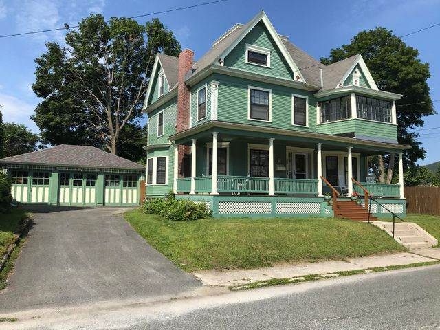 39 Willow St, North Adams, MA 01247
