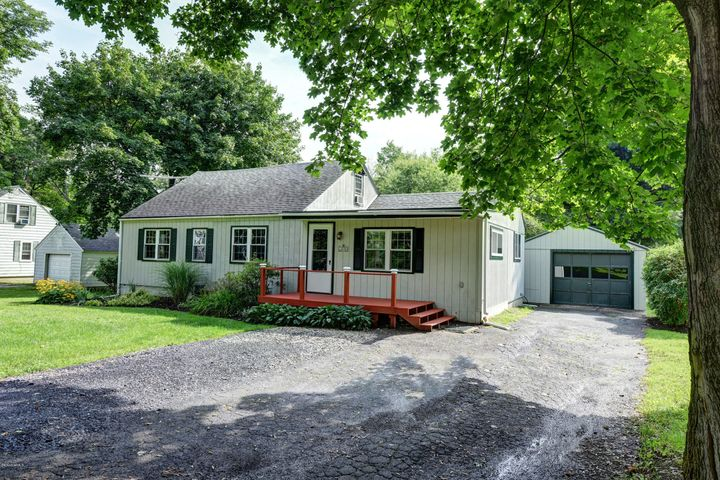 310 Luce Rd, Williamstown, MA 01267