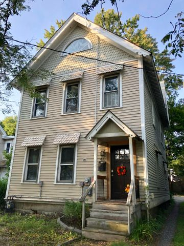 47 Adam St, Pittsfield, MA 01201
