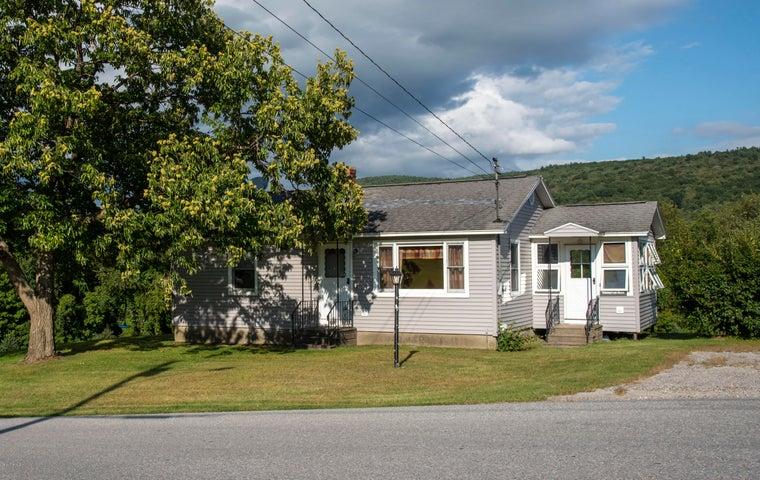 555 Hill Rd, Pownal, VT 05261