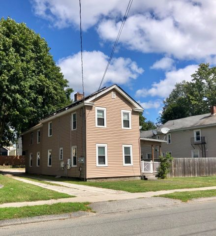 33 Adam St, Pittsfield, MA 01201