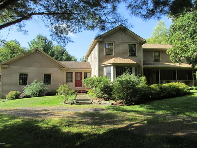 12342 State Route 22, Austerlitz, NY 12017