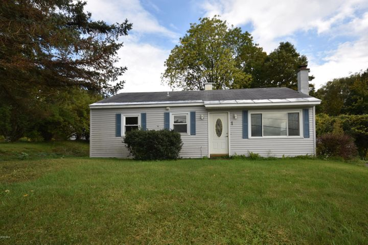 1 Ann Dr, Lanesborough, MA 01237