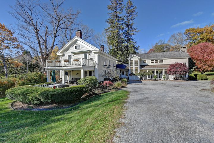 150 Torrey Woods Rd, Williamstown, MA 01267