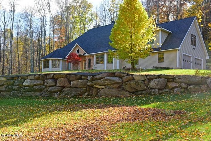 70 Brush Hill Rd, Great Barrington, MA 01230