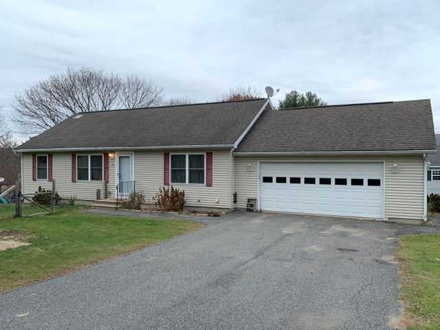 39 Atmer Ave, Pittsfield, MA 01201