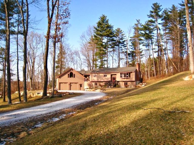 31 Blue Hill Rd, B Rd, Great Barrington, MA 01230