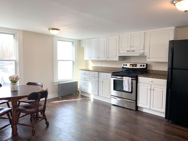 86 Linden St, Pittsfield, MA 01201
